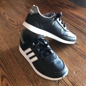 Adidas black and white size 1